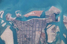 Abu_Dhabi_from_Space-_280