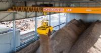 Konecranes CXT Biomass crane is smart and compact