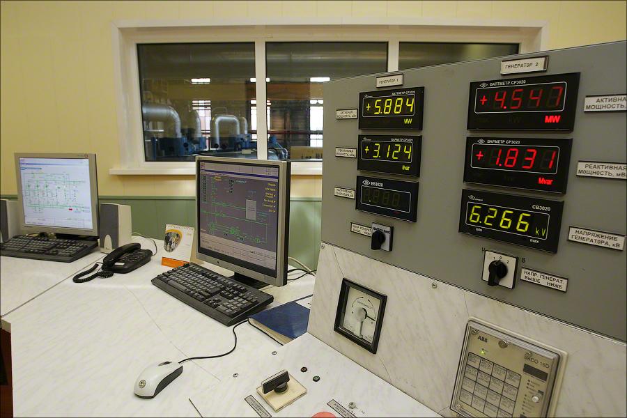Завод 4, Москва - пульт управления генератором