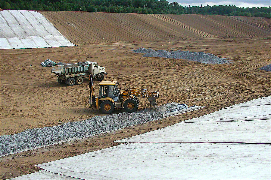 Landfill Iksha - Laying drainage layer 2