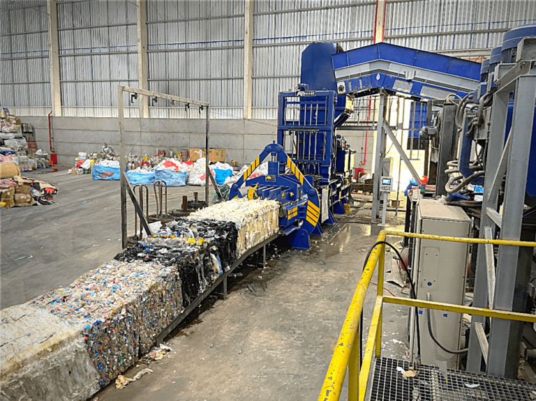 IMABE installs a baling press in the largest recycling sorting plant of South America