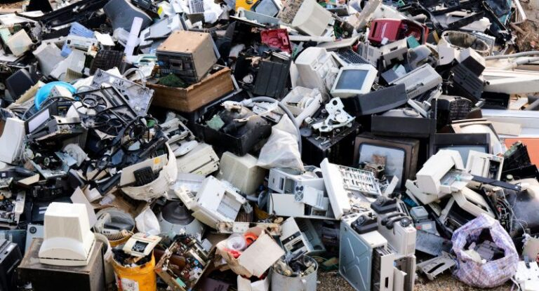 Switzerland and Ghana work together to eliminate global E-waste