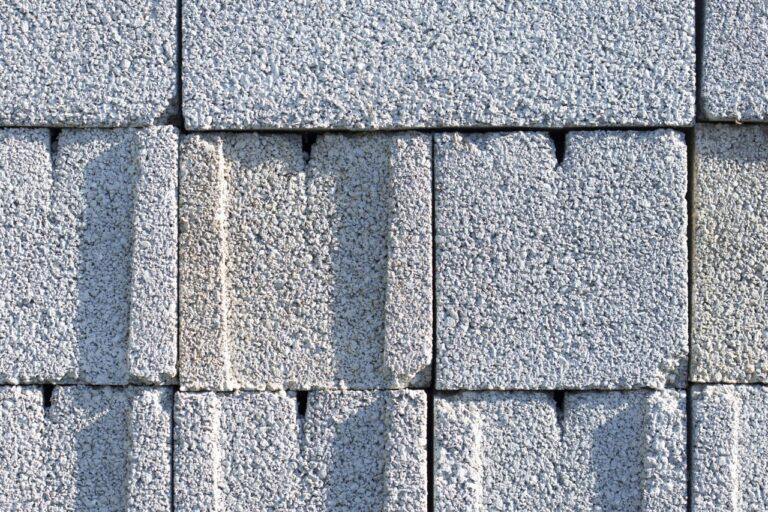 Prague to convert slag into building material