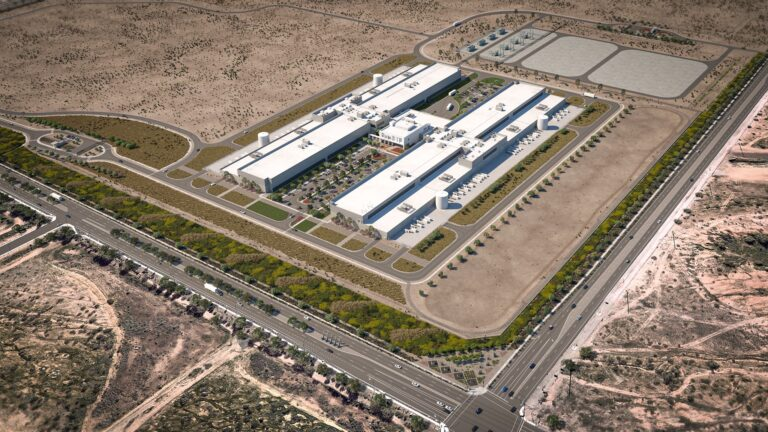 Facebook building solar-powered data center in Arizona