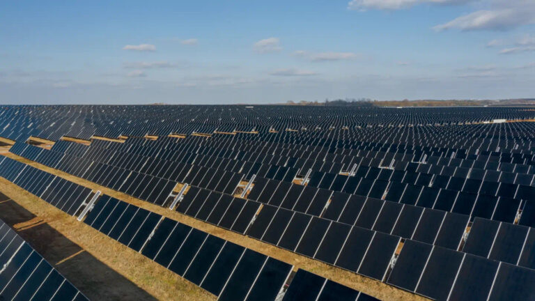 227MW solar farm completed in Alabama to support Facebook data center